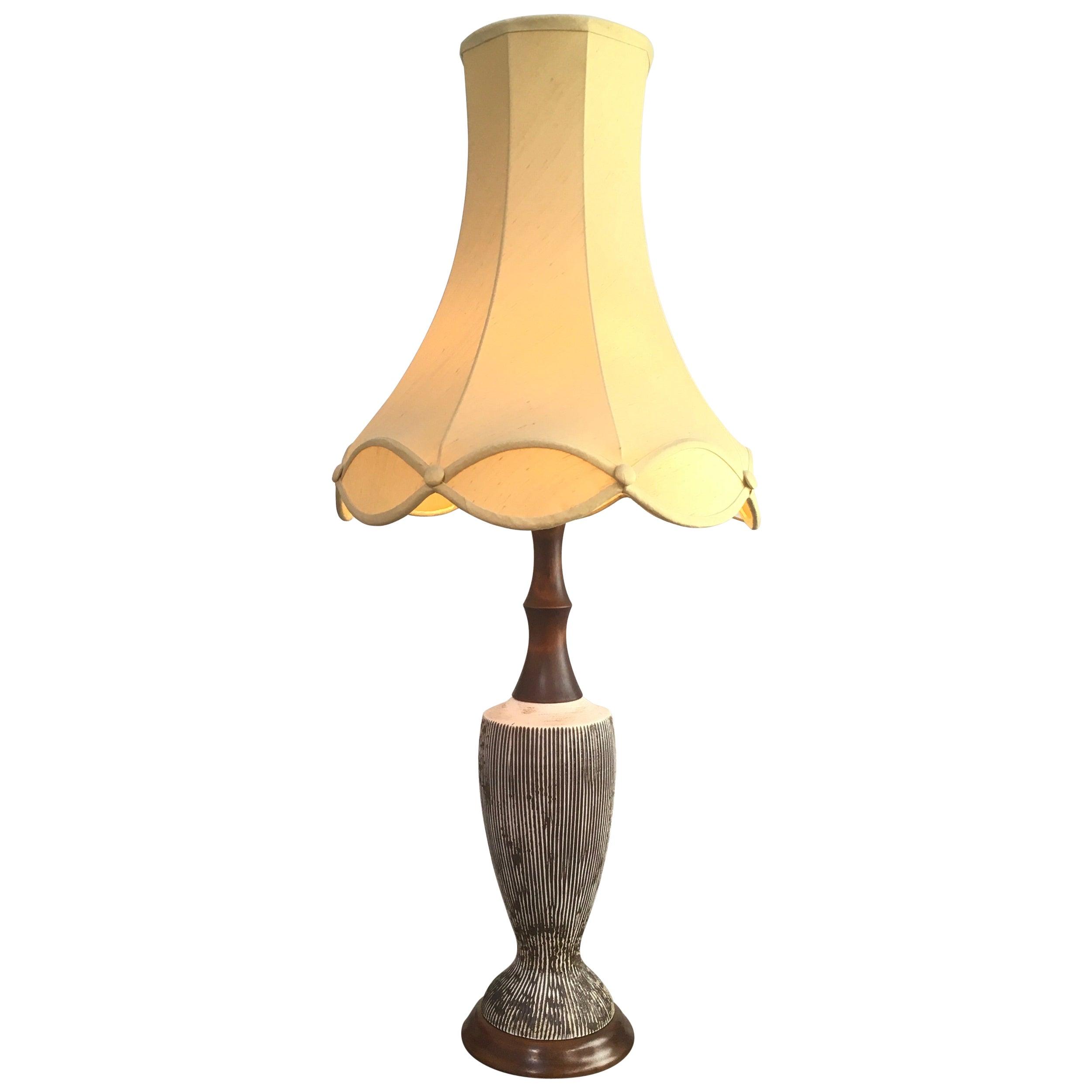 Ellis Pottery Sgraffito Ceramic and 'Walnut' Table Lamp Base Melbourne, 1950s
