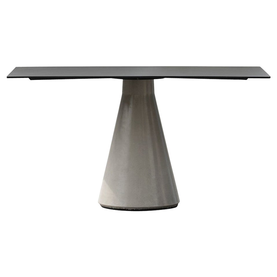 Rectangular Dining Table 'DING' Made of Concrete and Aluminum