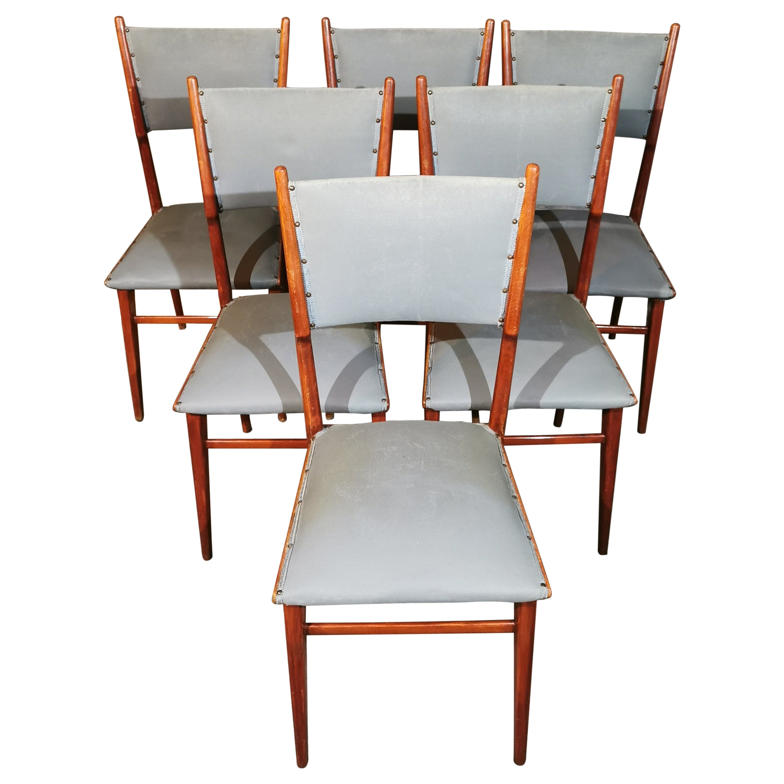 Midcentury Chairs by Carlo de Carli in Leather and Wood Italy 1960s, Set of 6