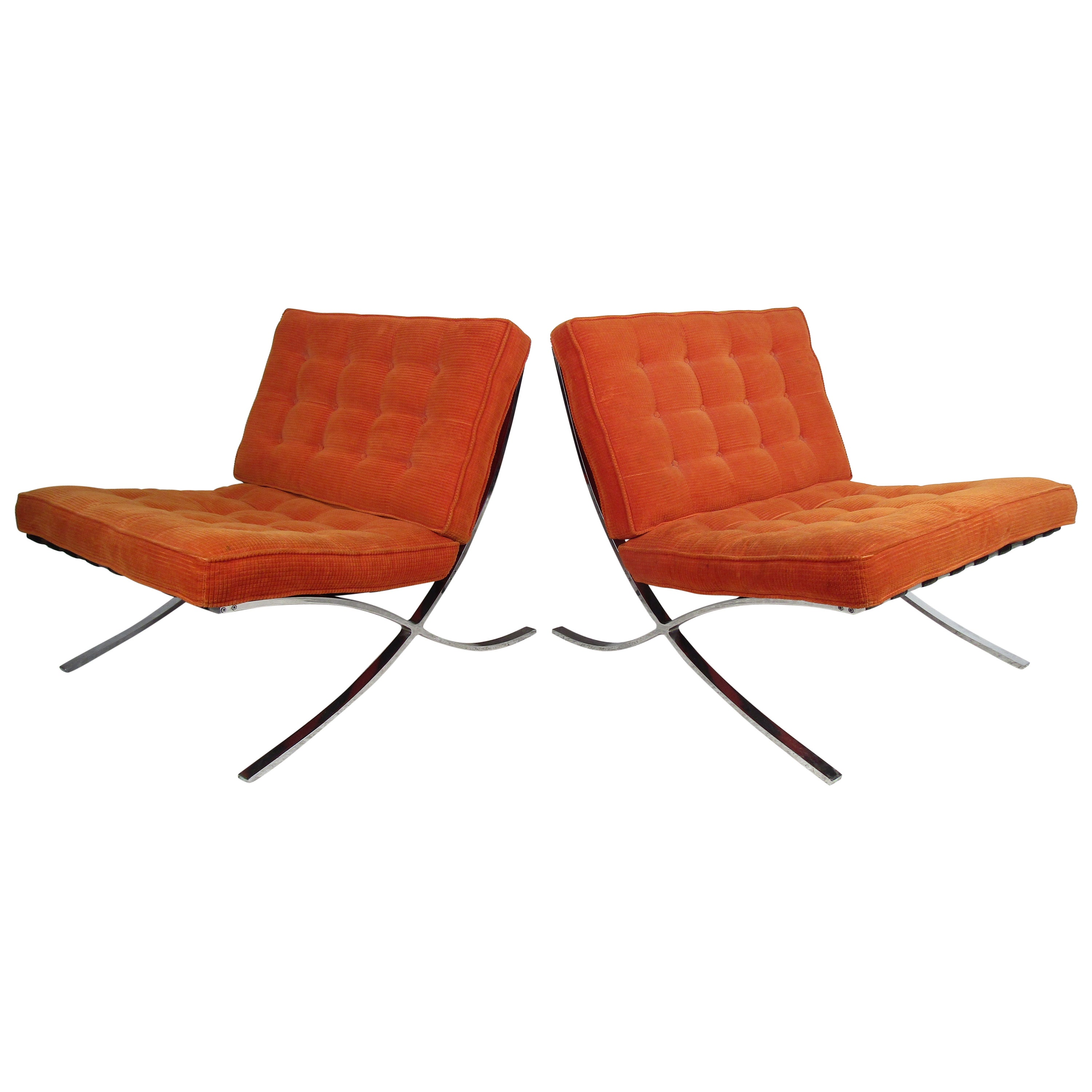 Pair of Barcelona Style Lounge Chairs