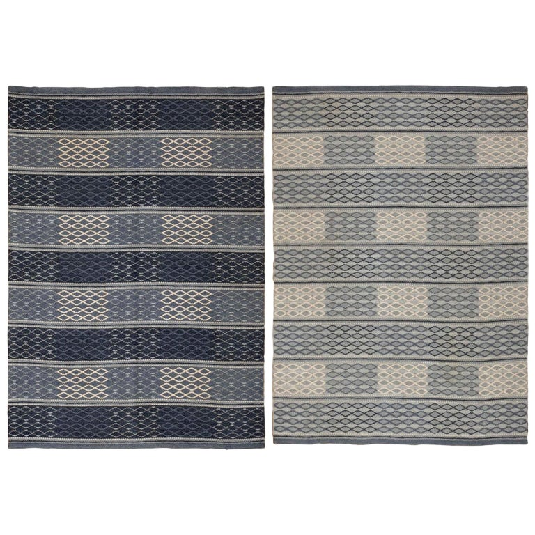 Vintage Swedish Double-Sided Kilim. Size: 4 ft 6 in x 6 ft 3 in (1.37 m x 1.9 m)