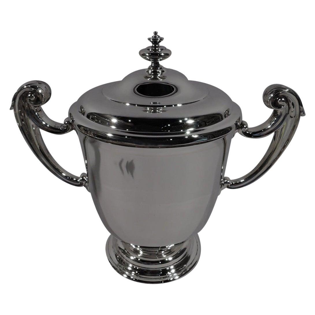 Elegant English Edwardian Sterling Silver Classical Covered Urn