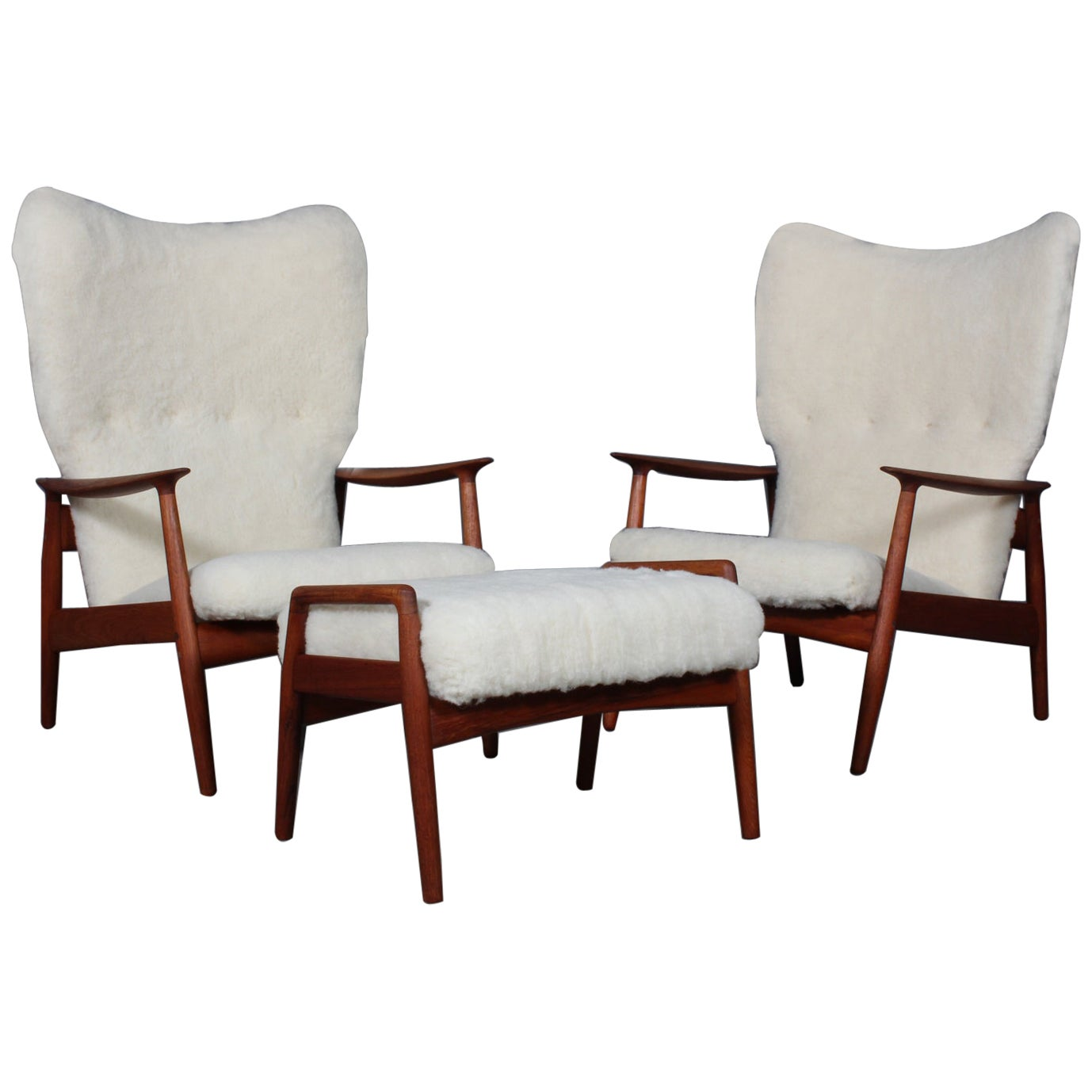 Arne Vodder Set of Lounge Chairs and Ottoman in Sheepskin