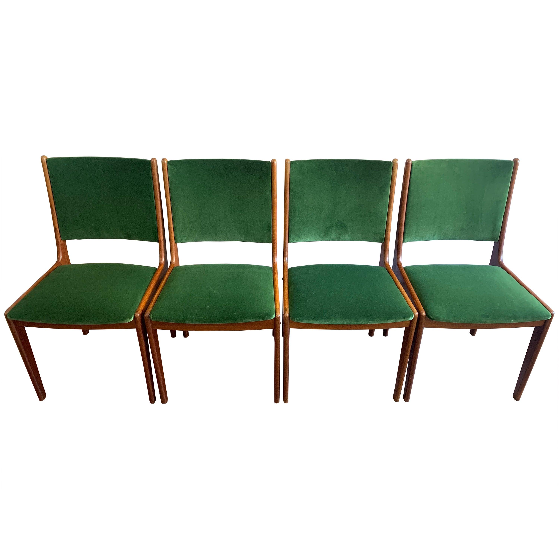 Set of 4 1960s Danish Johannes Andersen Teak Dining Chairs