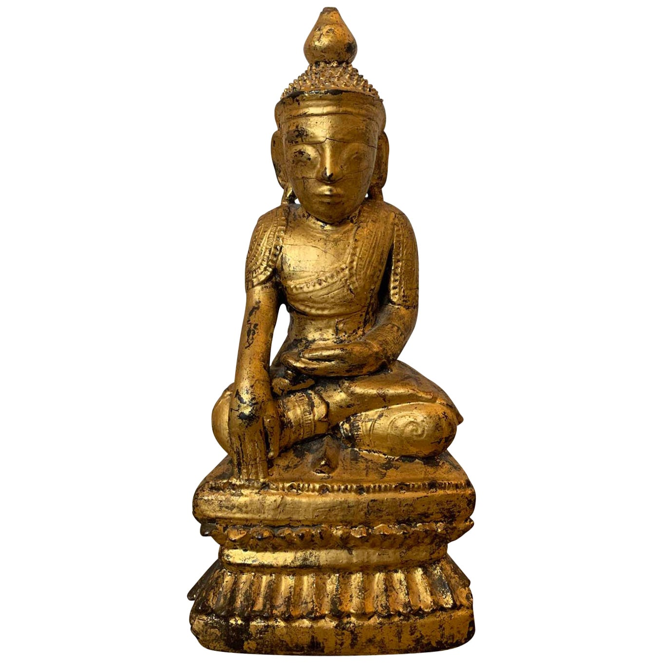 18th-19th Century Giltwood Buddha in Lotus Position