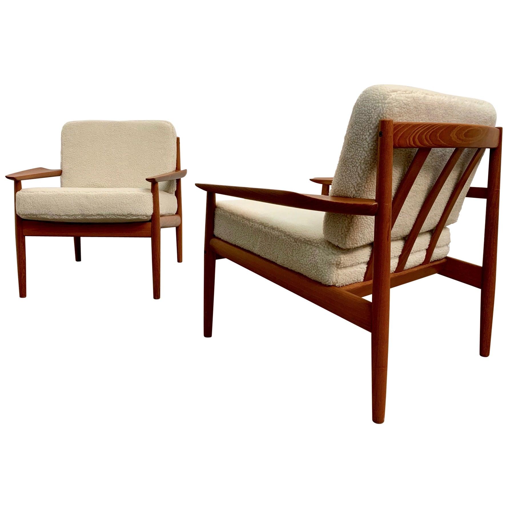 Danish Modern Lounge Chairs by Arne Vodder in Teddy Faux Fur