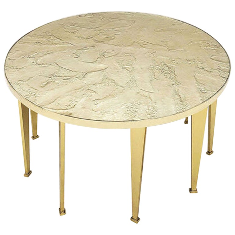 Fossile Table by form A