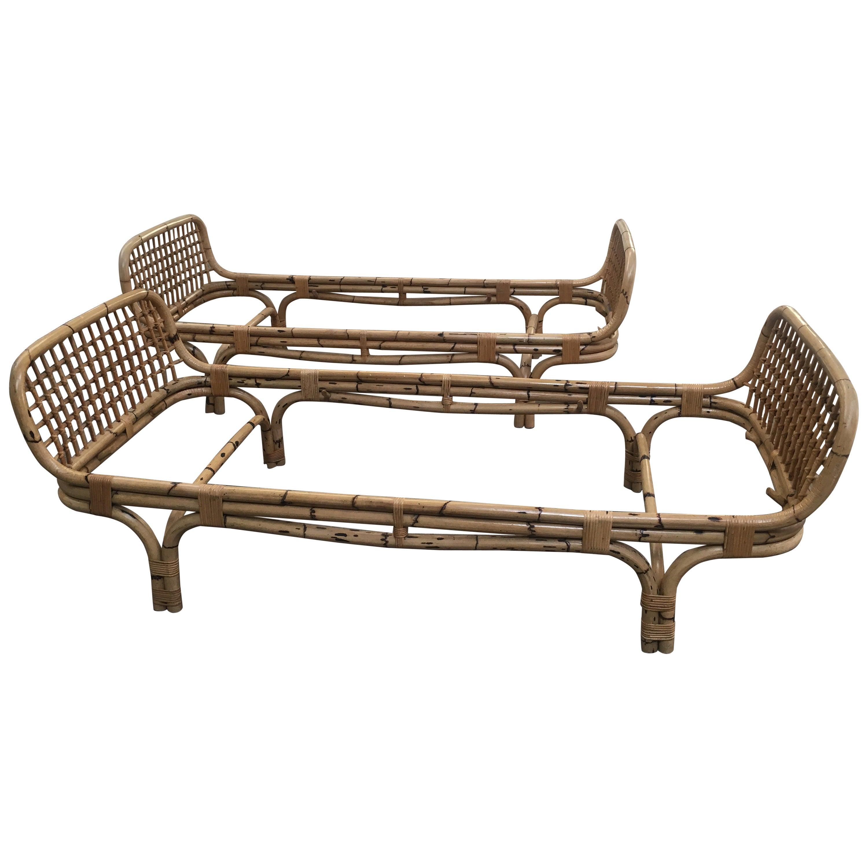 Mid-Century Modern Pair of Italian Bamboo Sofa Beds, 1960s