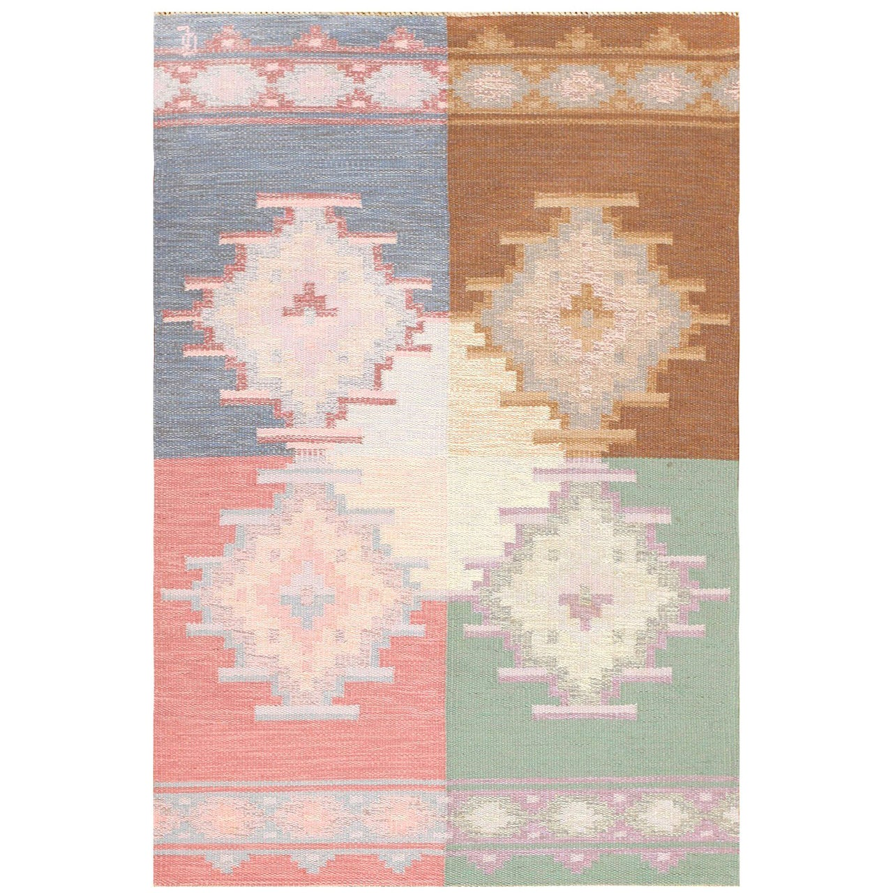 Vintage Swedish Flat-Woven Kilim. Size: 4 ft 5 in x 6 ft 8 in (1.35 m x 2.03 m)