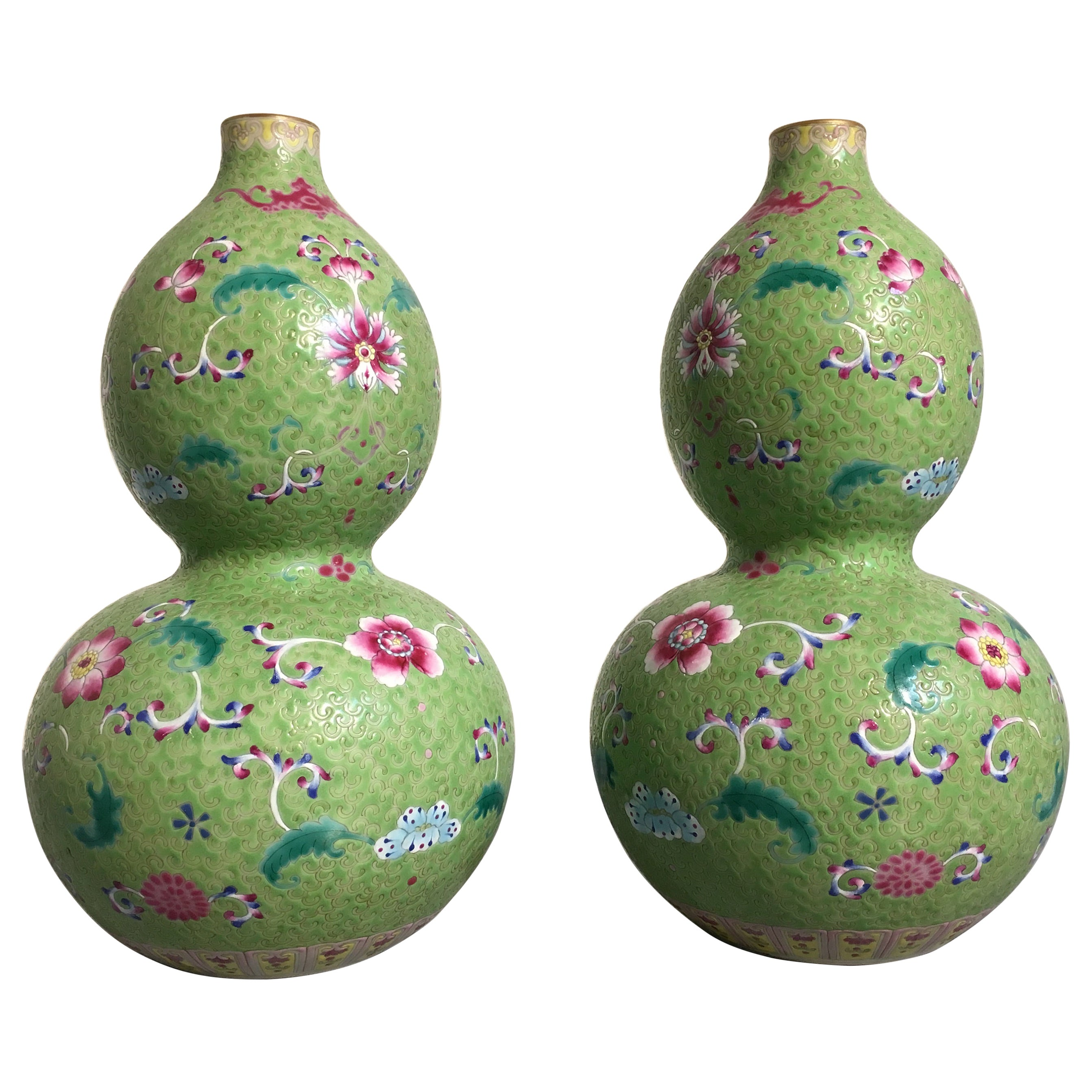 Pair of Chinese Lime Green Famille Rose Sgarffito Ground Vases, Republic Period