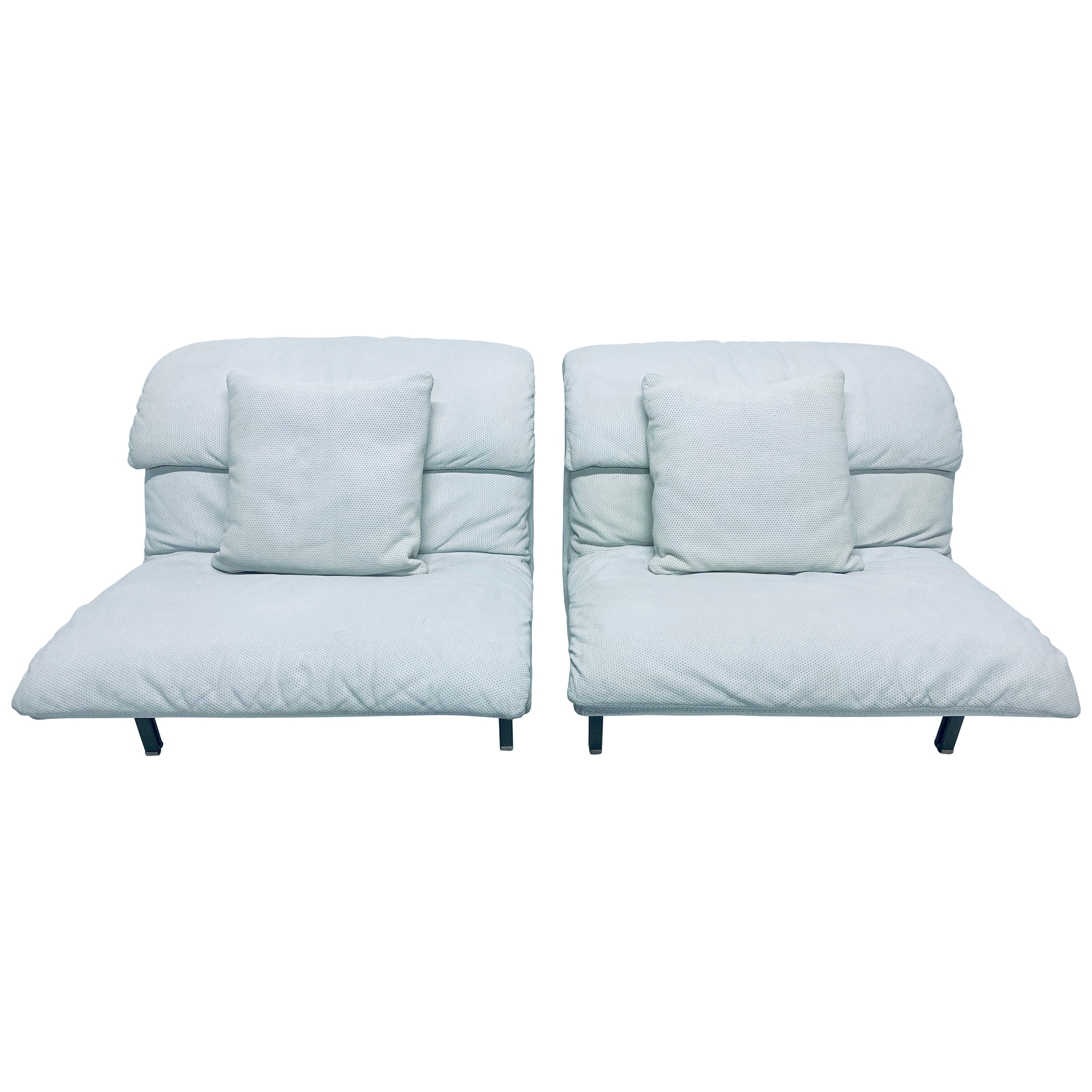 Pair of Giovanni Offredi White Leather Onda Wave Lounge Chairs for Saporiti