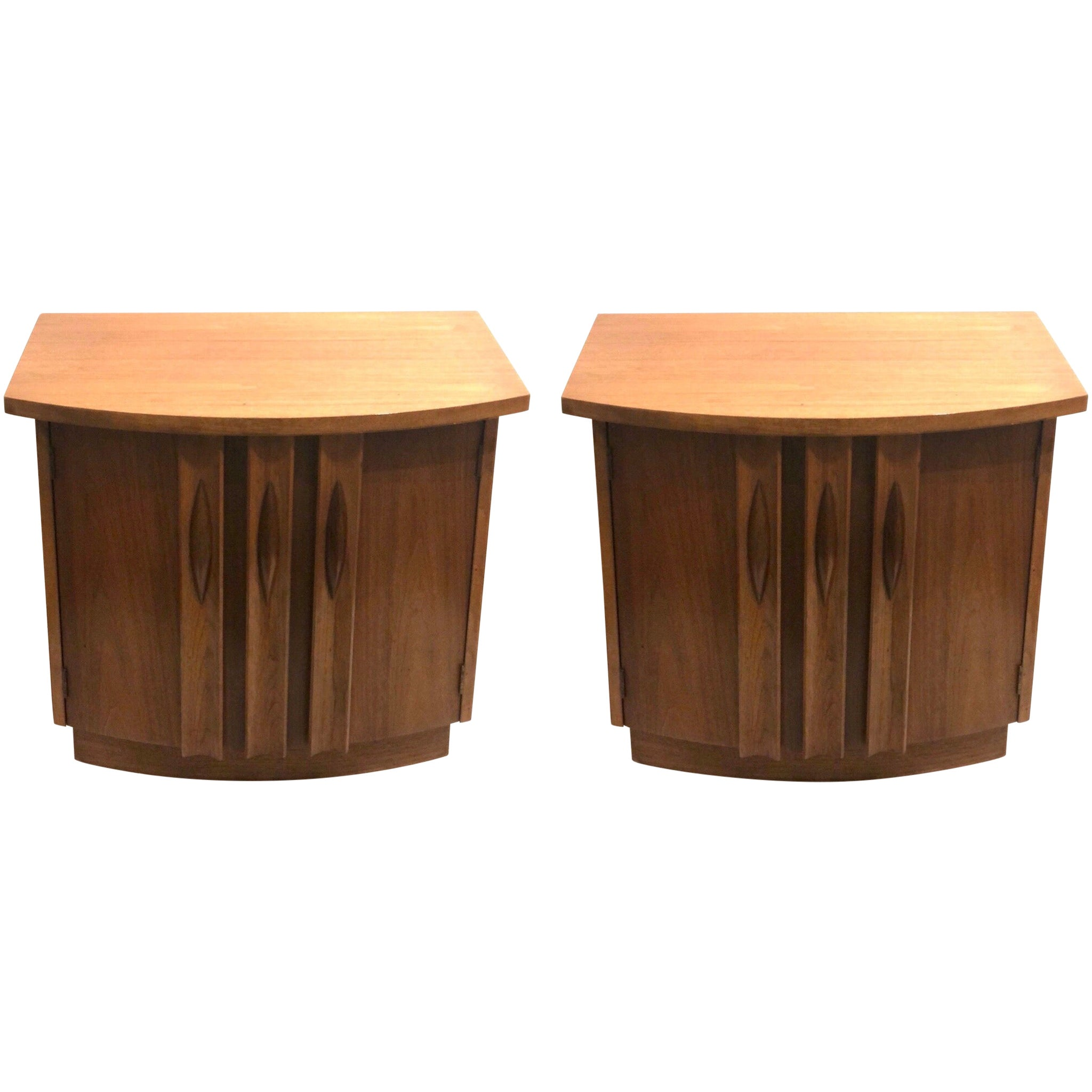 Pair of American Mid-Century Modern Walnut Night Stands