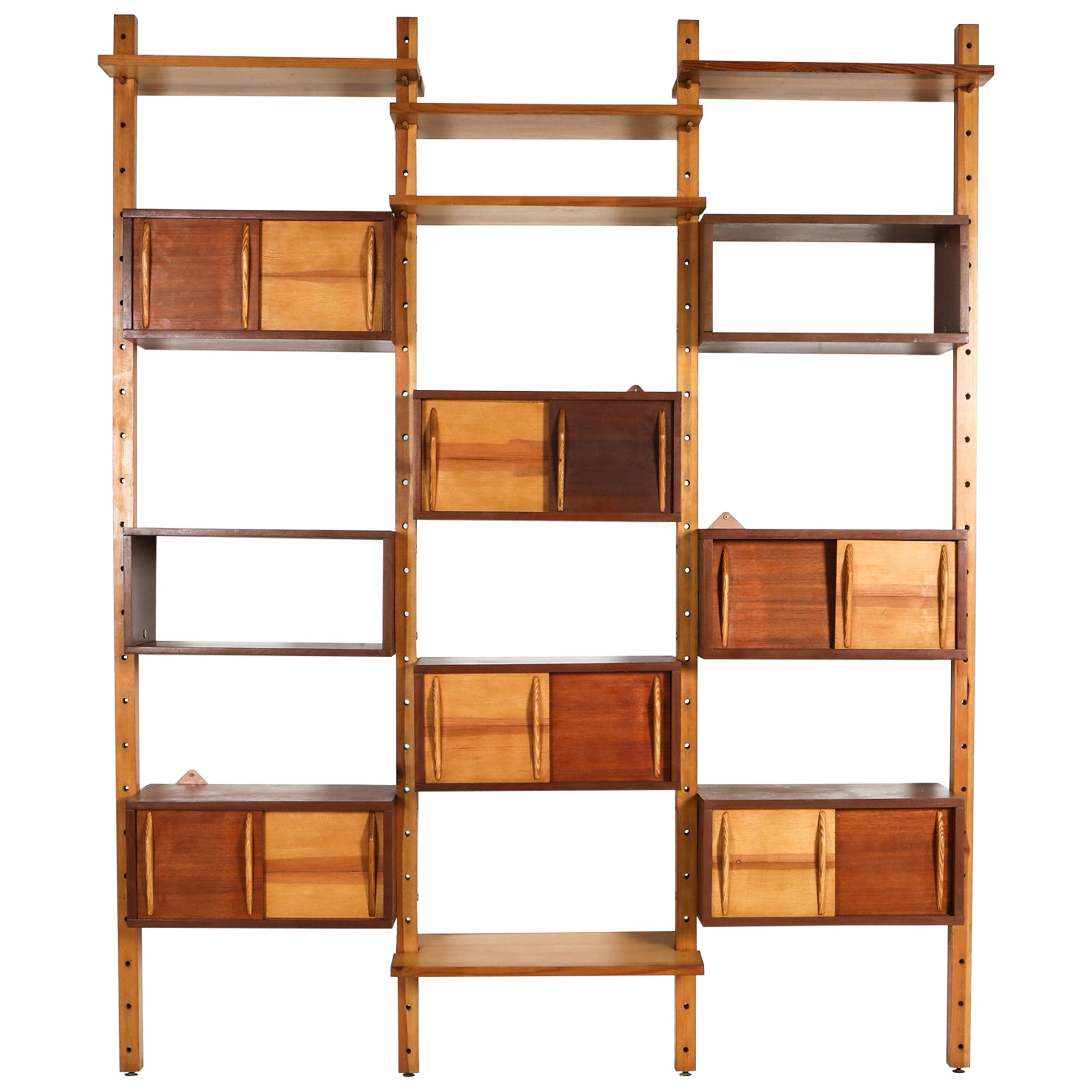 Mid-Century Modern Shelve Unit in the Style of Perriand and Le Corbusier