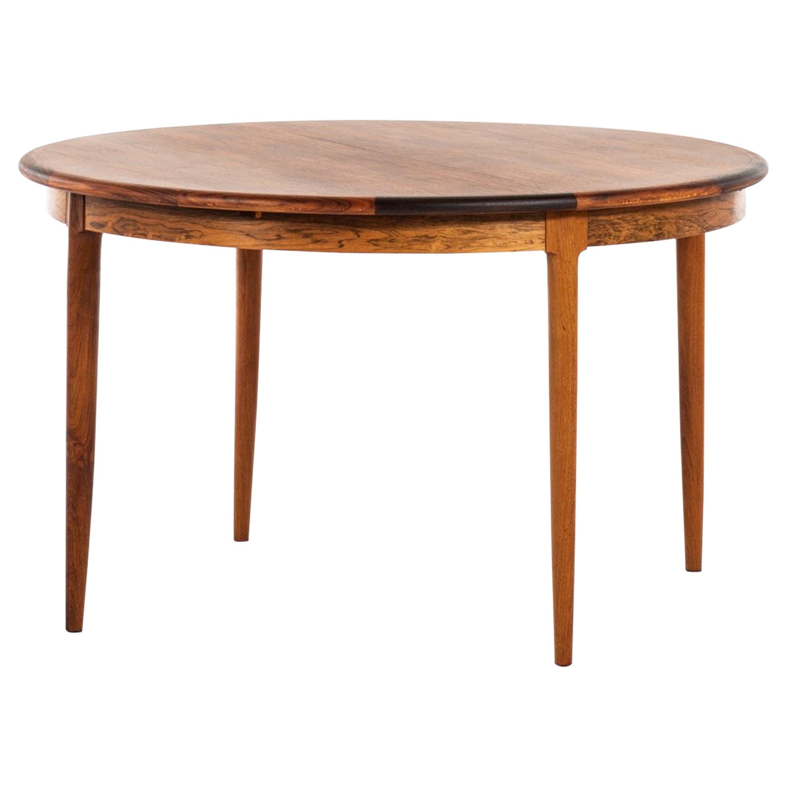 Niels O. Møller Dining Table Produced by J.L. Møllers Møbelfabrik in Denmark
