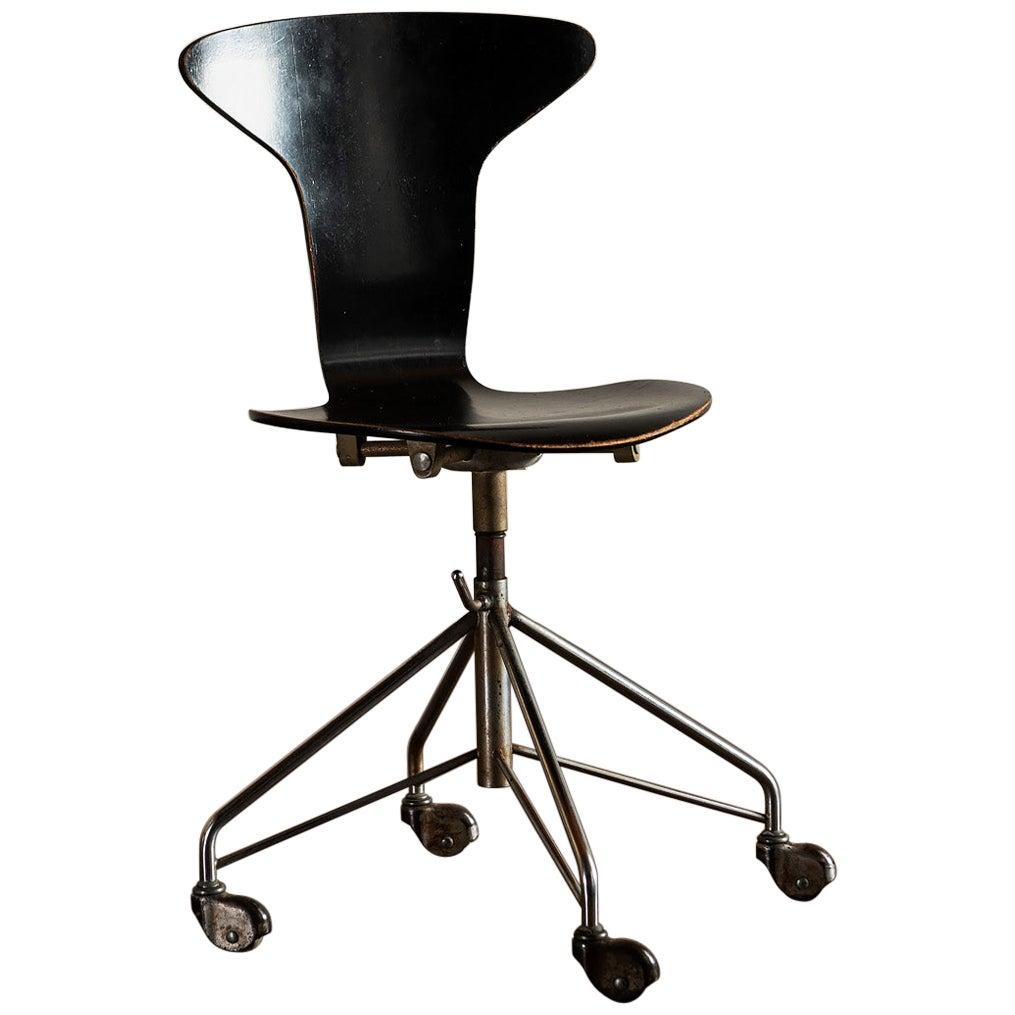 Arne Jacobsen for Fritz Hansen Swivel Office Chair, Denmark, 1960s