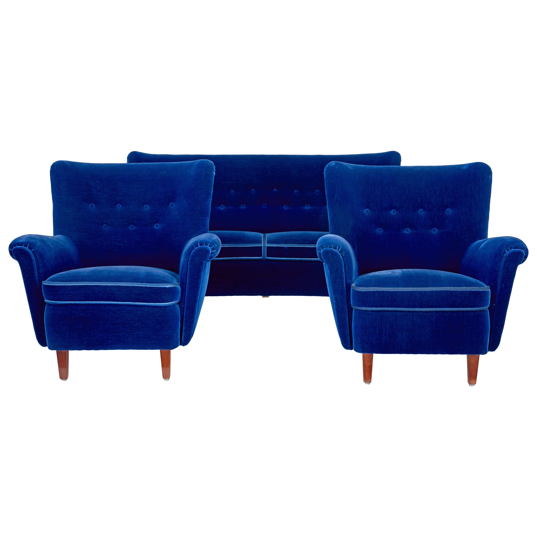 Fine Mid-20th Century Blue 3-Piece Suite