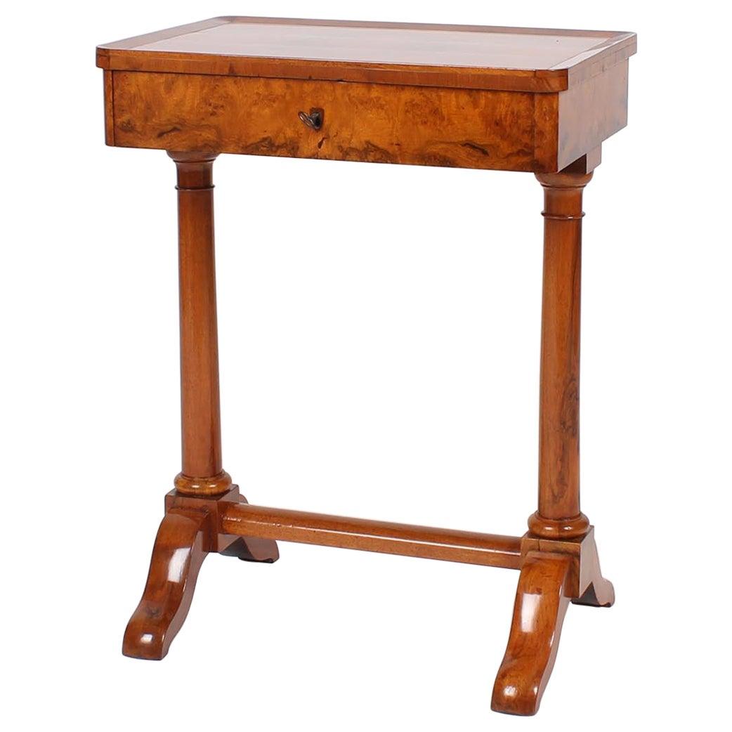 19th Century Biedermeier Sewing or Worktable, circa 1820, Walnut Shelac Polished