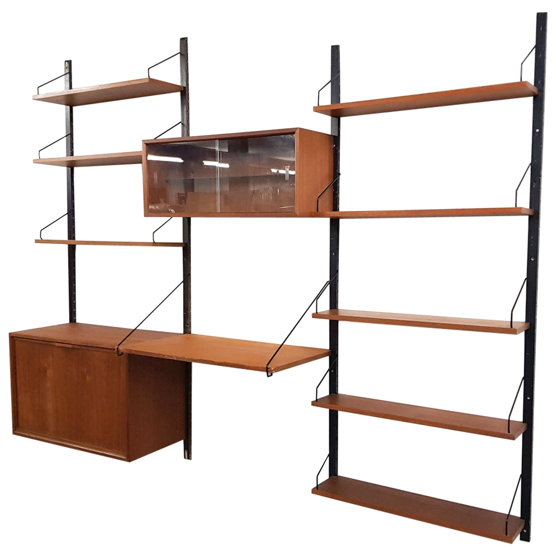 Poul Cadovius for Royal System Wall Unit / Book Shelves in Teak, Denmark, 1950s