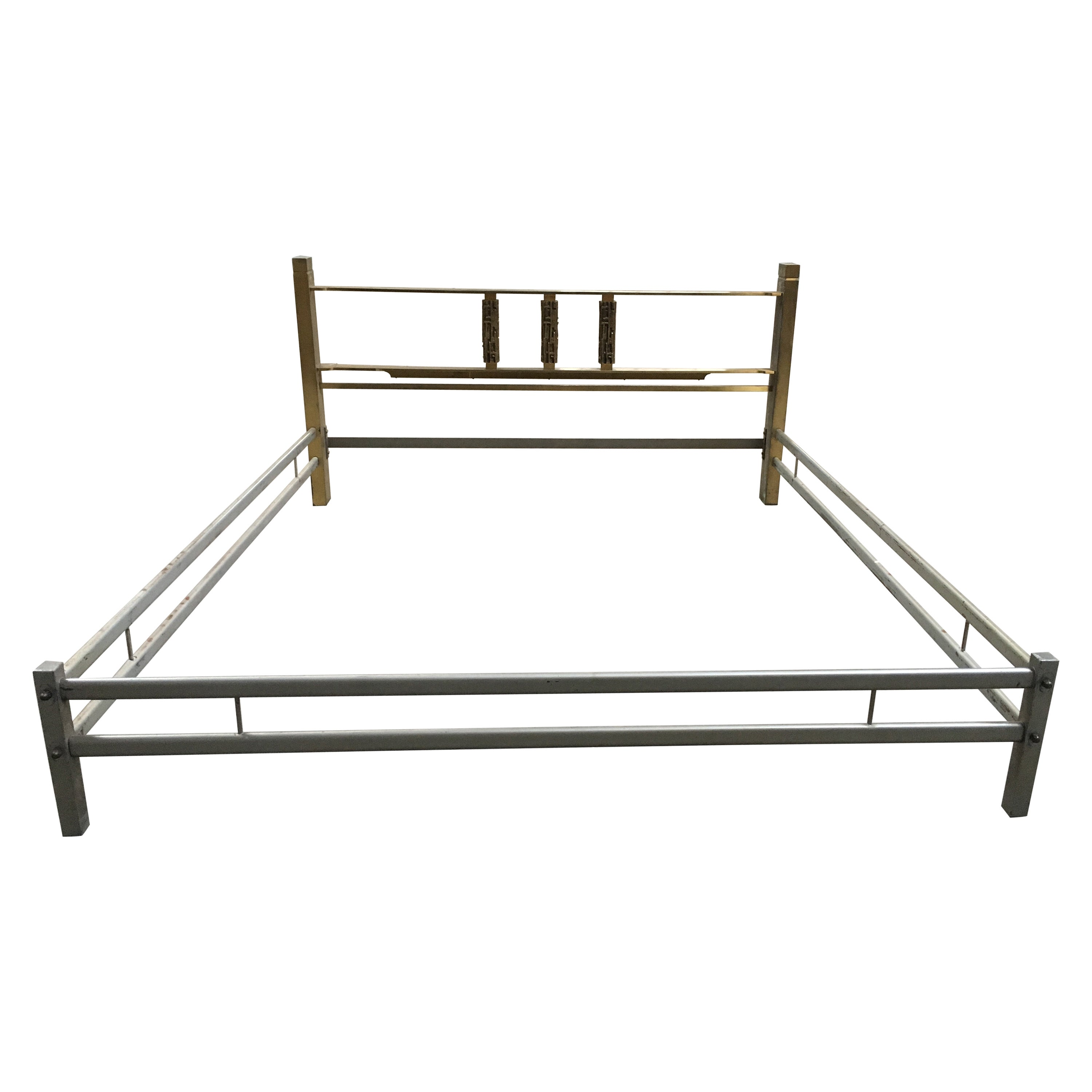 Italian Mid-Century Modern Bronze Queen Size Bed by Luciano Frigerio, 1970s