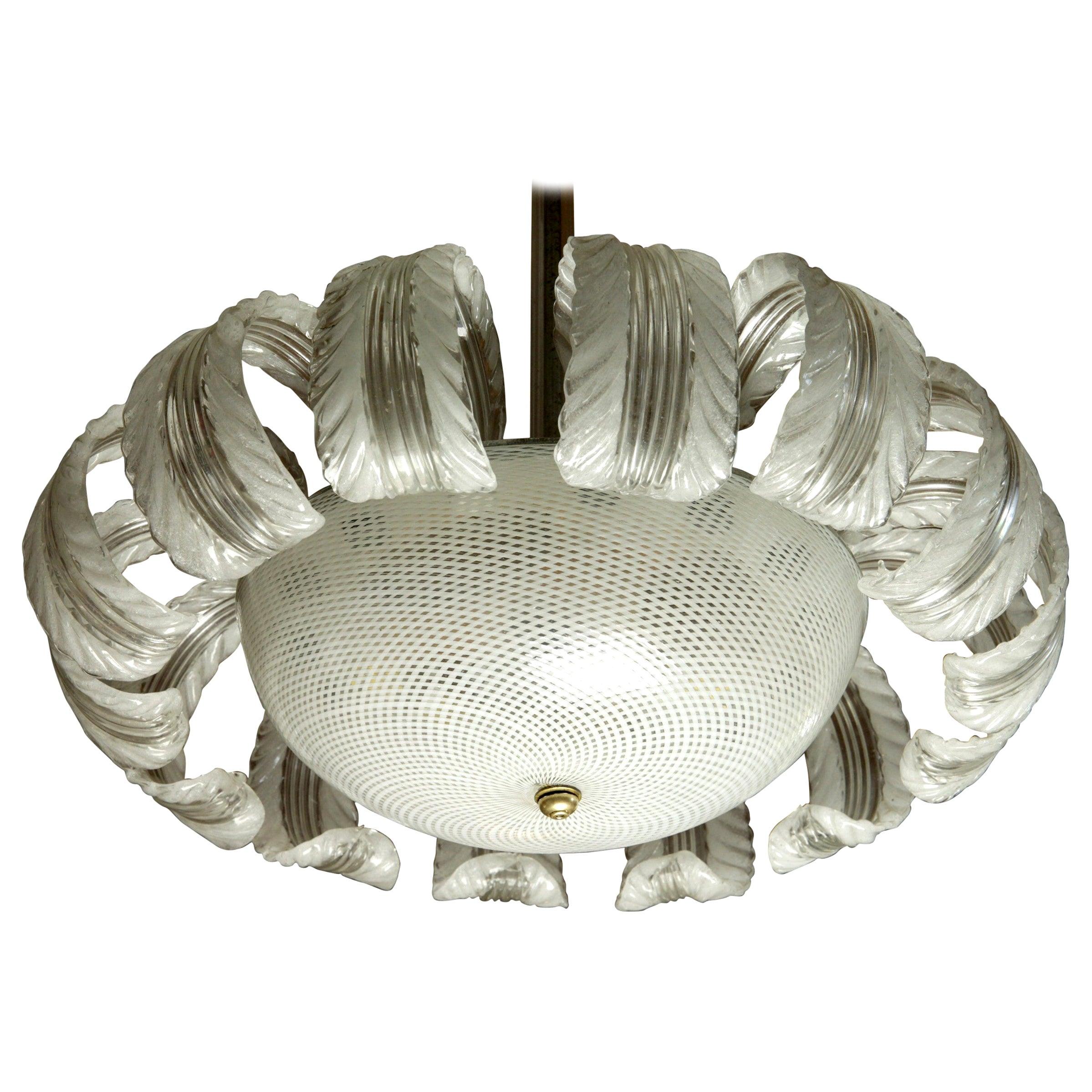 Barovier et Toso Attributed, 14 Pulegoso Leaves Reticello Bowl, 1940s, Murano