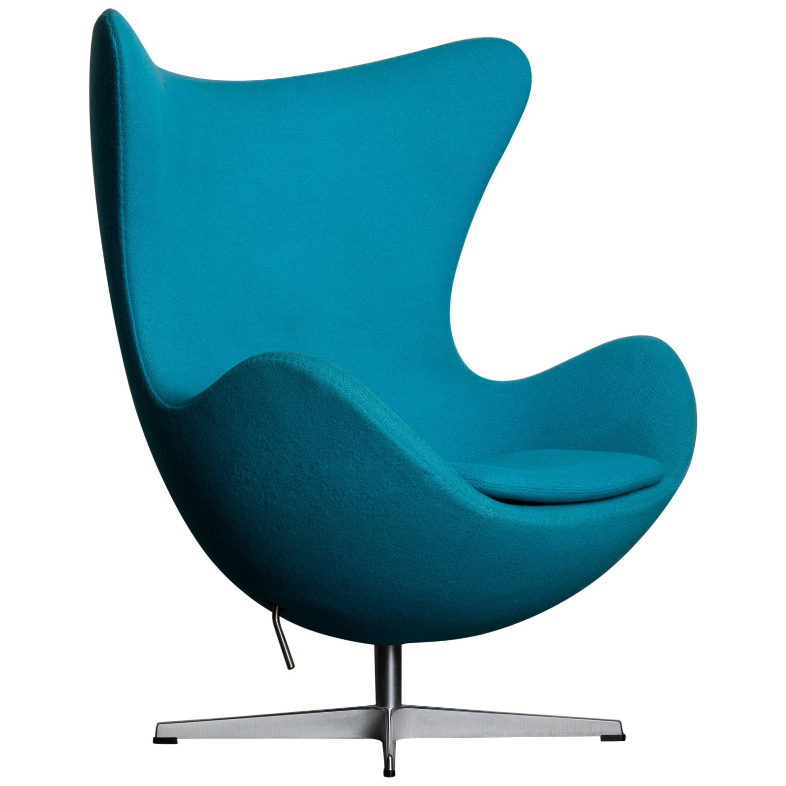 'Egg' Swivel Chair by Arne Jacobsen for Fritz Hansen, Signed