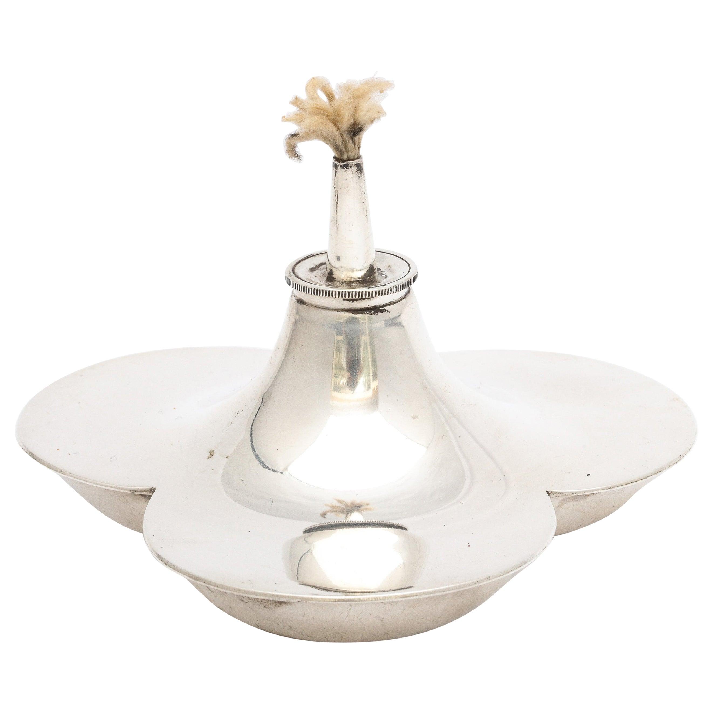 Edwardian Sterling Silver Trefoil-Form Table Lighter