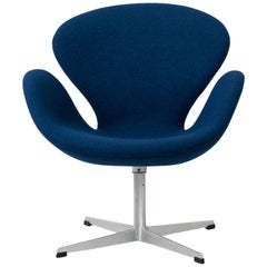 Svanen or Swan Chair by Arne Jacobsen for Fritz Hansen