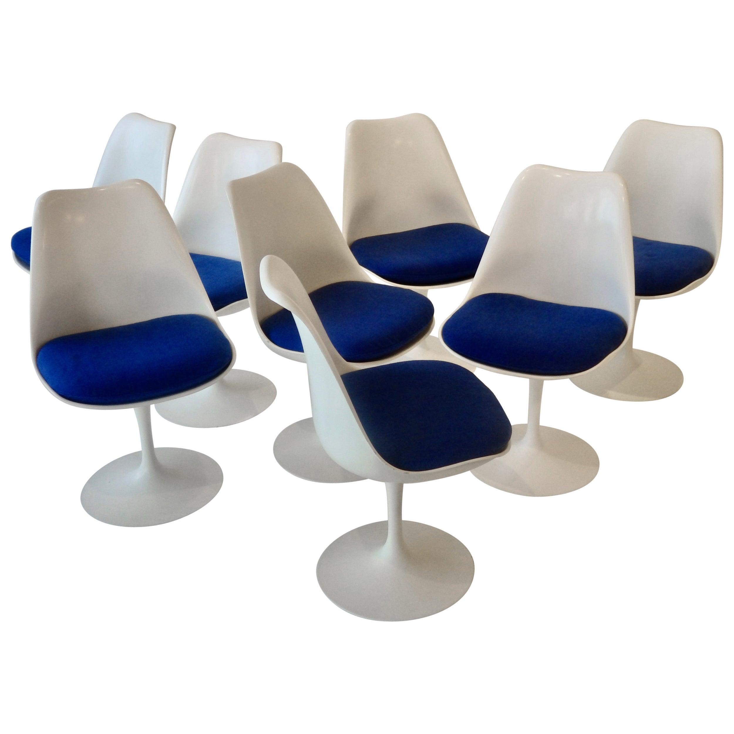 Eight Eero Saarinen for Knoll Tulip Group White Swivel Dining Chairs