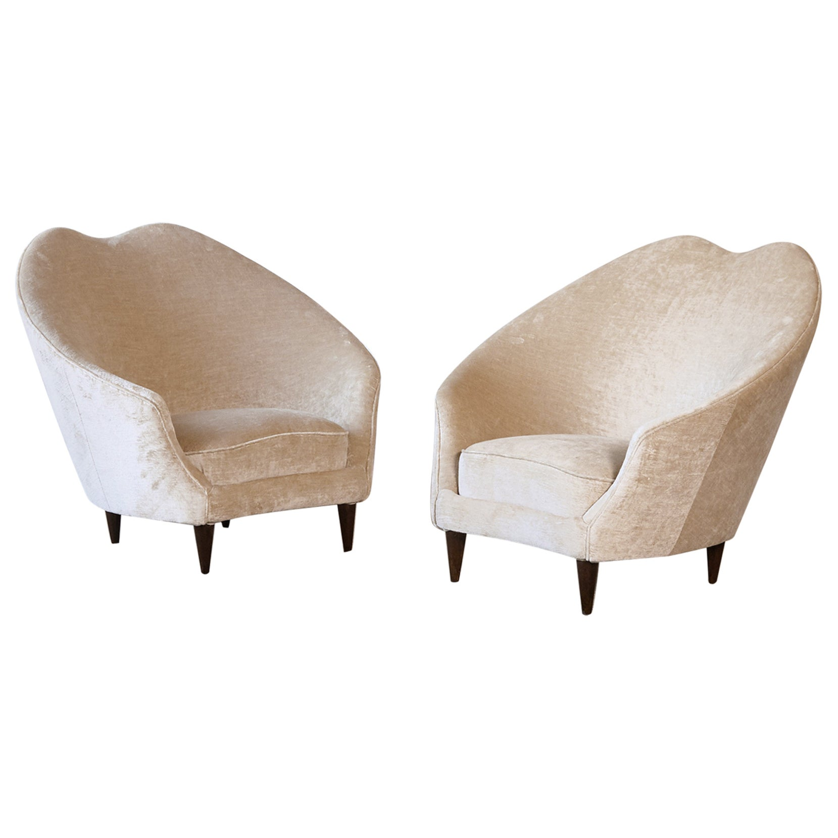 Pair of Federico Munari Lounge Chairs, Italy, 1950s