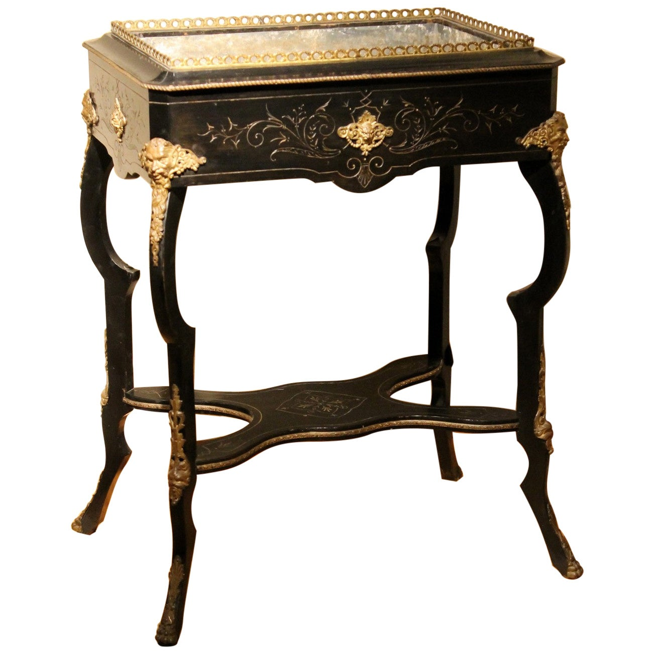 French 19th Century Napoleon III Ebonized and Gilt Bronze Planter Table