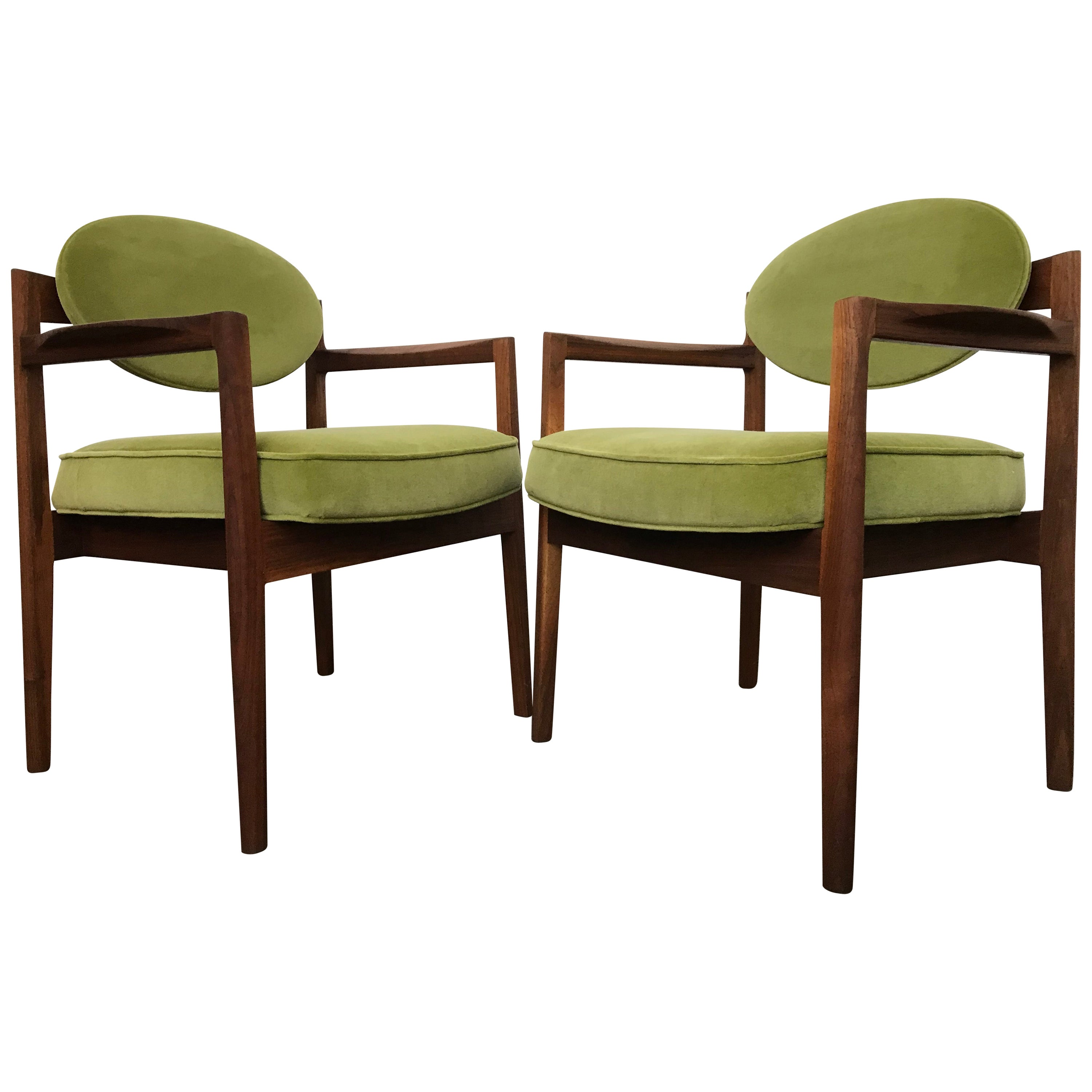 Mid Century Modern Armchairs 'Oval-Back' by Jens Risom