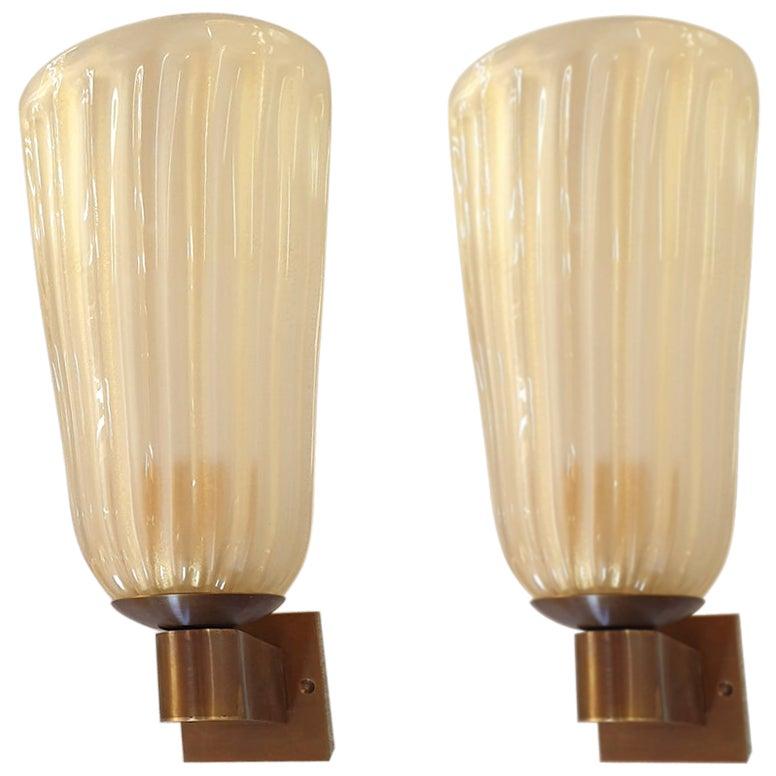 Neoclassical Mid-Century Modern Ivory Murano Glass Sconces Barovier, Italy 1970