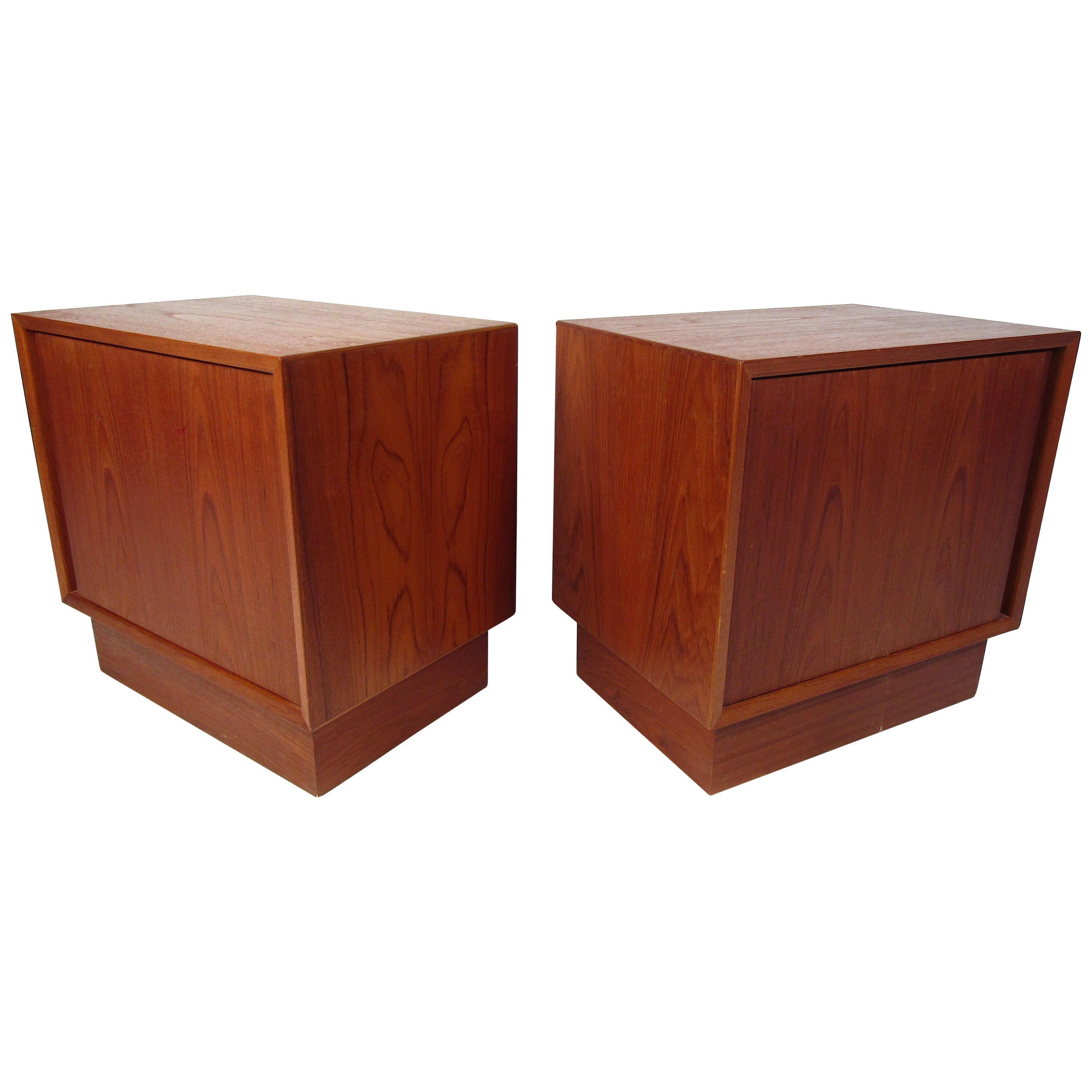 Pair of Norwegian Modern Nightstands