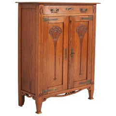 Oak Arts & Crafts Art Nouveau Cabinet, 1900s