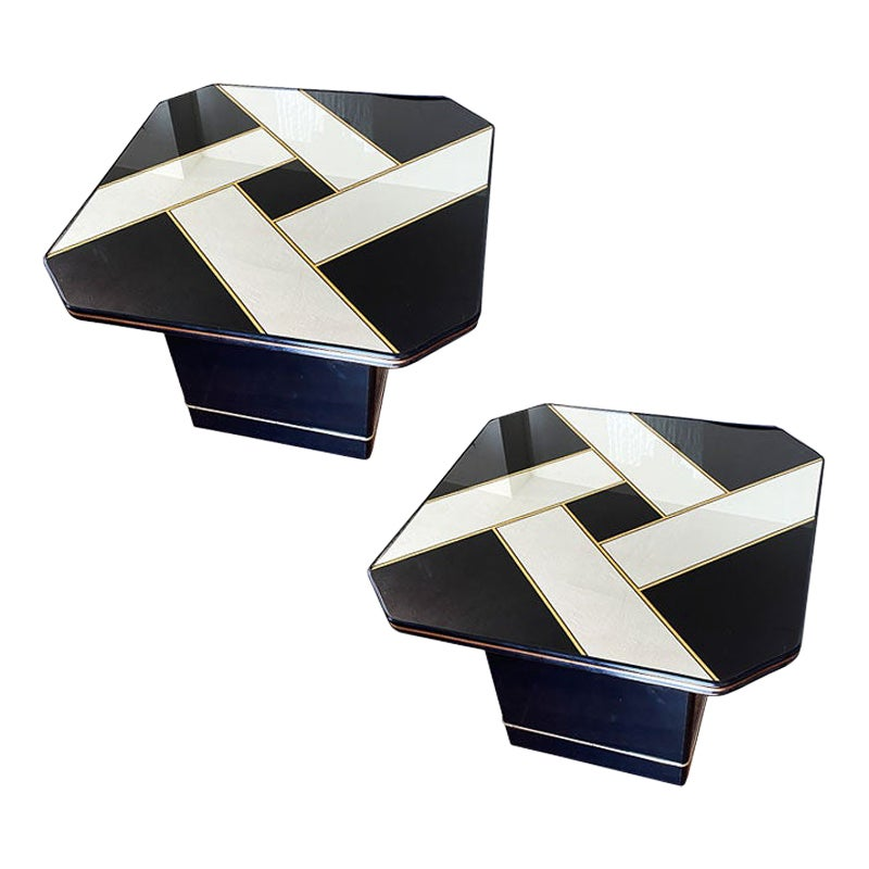 Pair of MCM Black Shiny Mirrored Brass Side Tables after Milo Baughman, a Pair