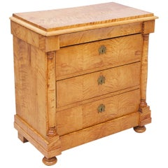 Swedish Biedermeier / Empire Chest of Drawers in Quilted Birch, circa 1820