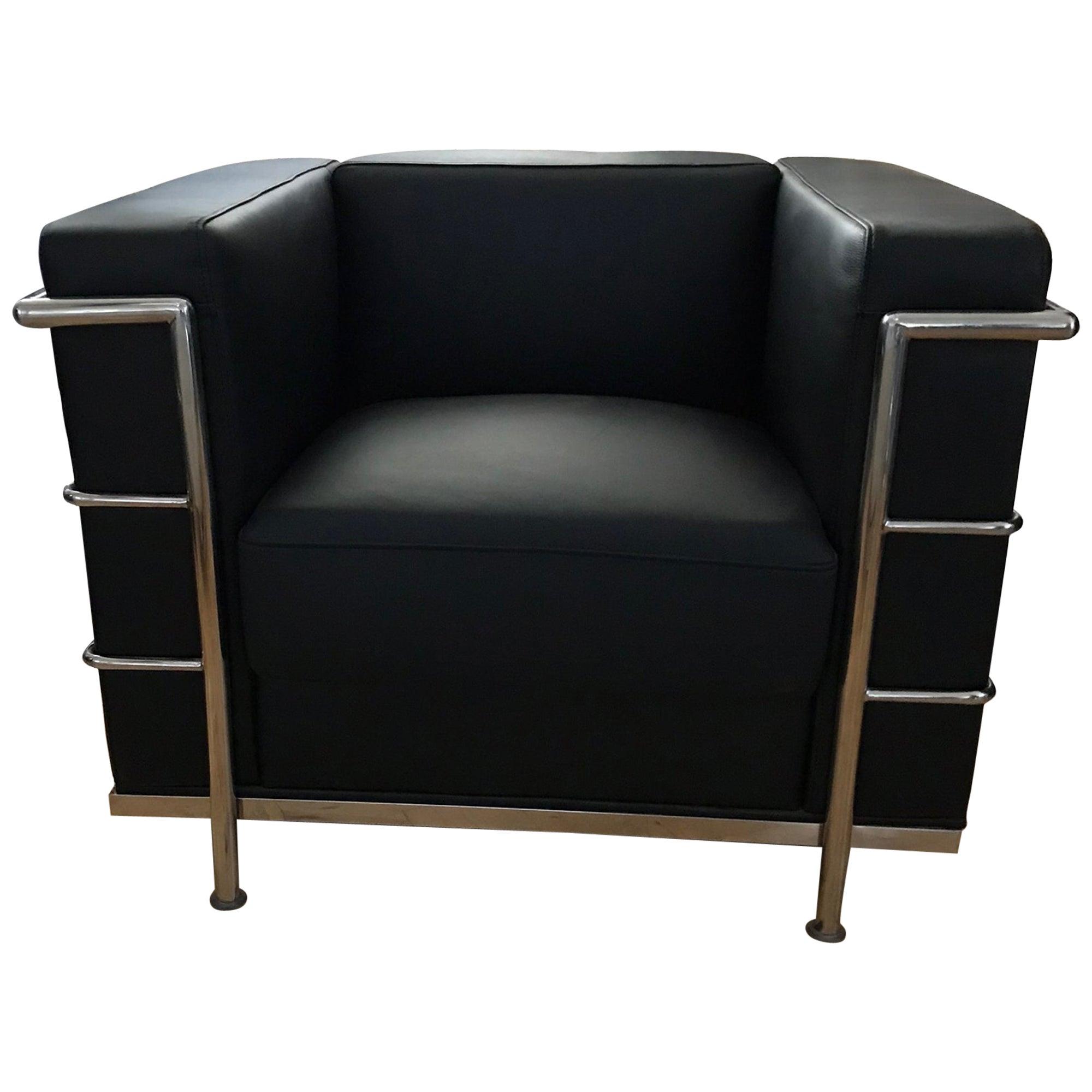 Modern Le Corbusier Design LC2 Armchair Classic Black Leather Cubed Chrome Frame