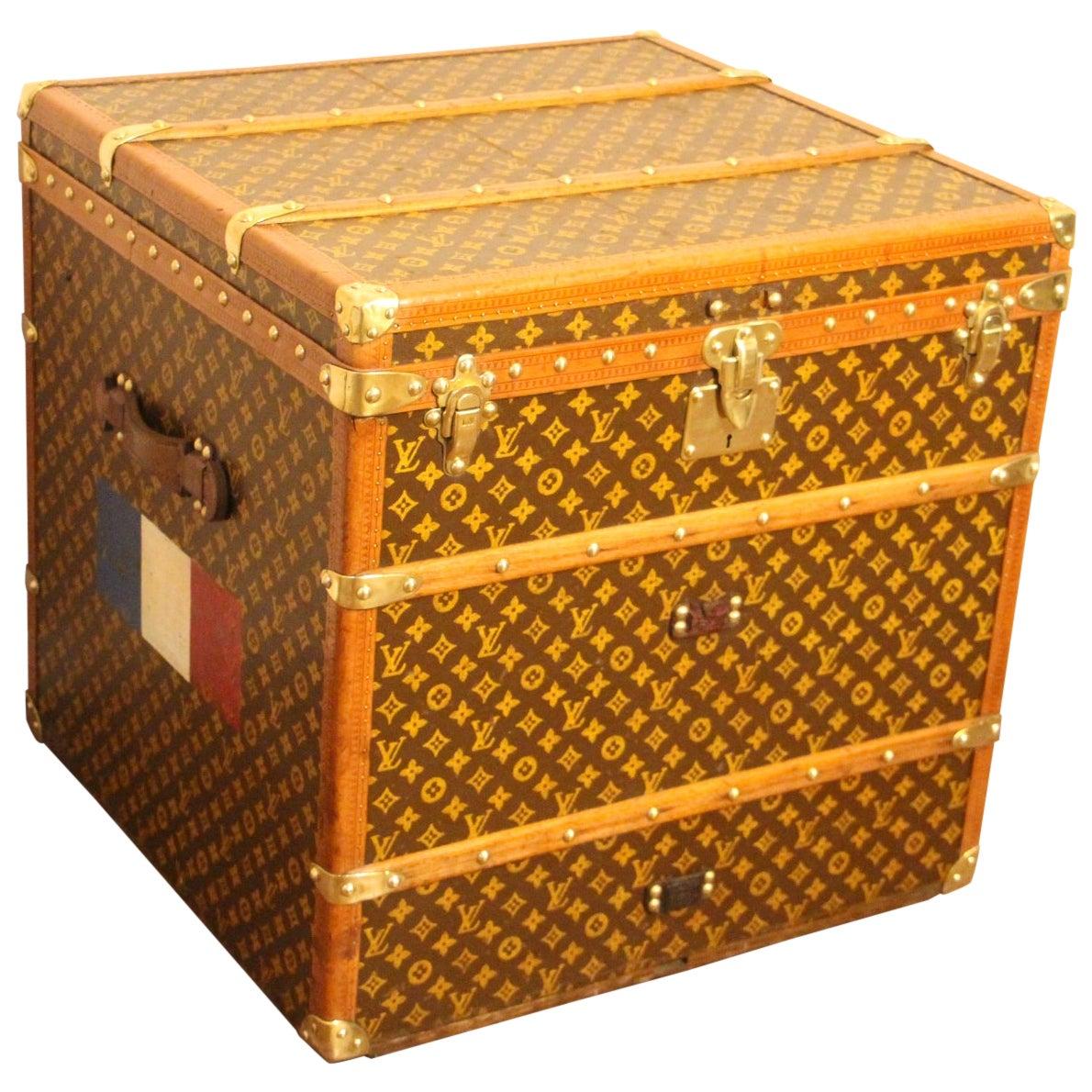 Louis Vuitton Steamer Trunk, Louis Vuitton Cube Trunk, Louis Vuitton Trunk