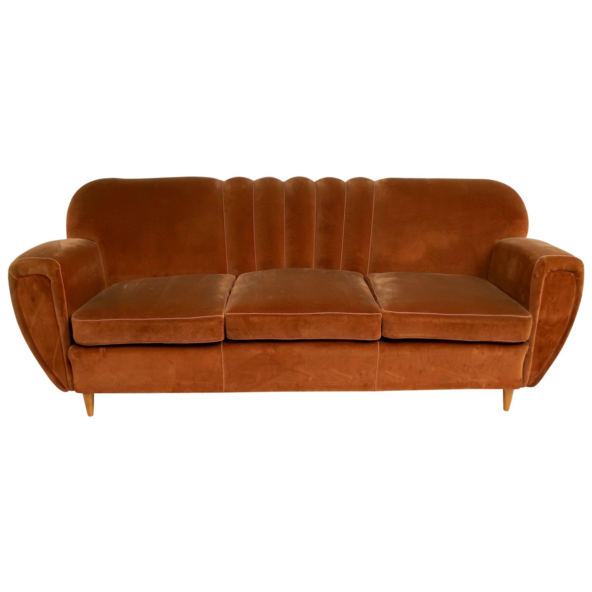 Gugliemo Ulrich Art Deco Italian Velvet Curved Sofa, 1940s