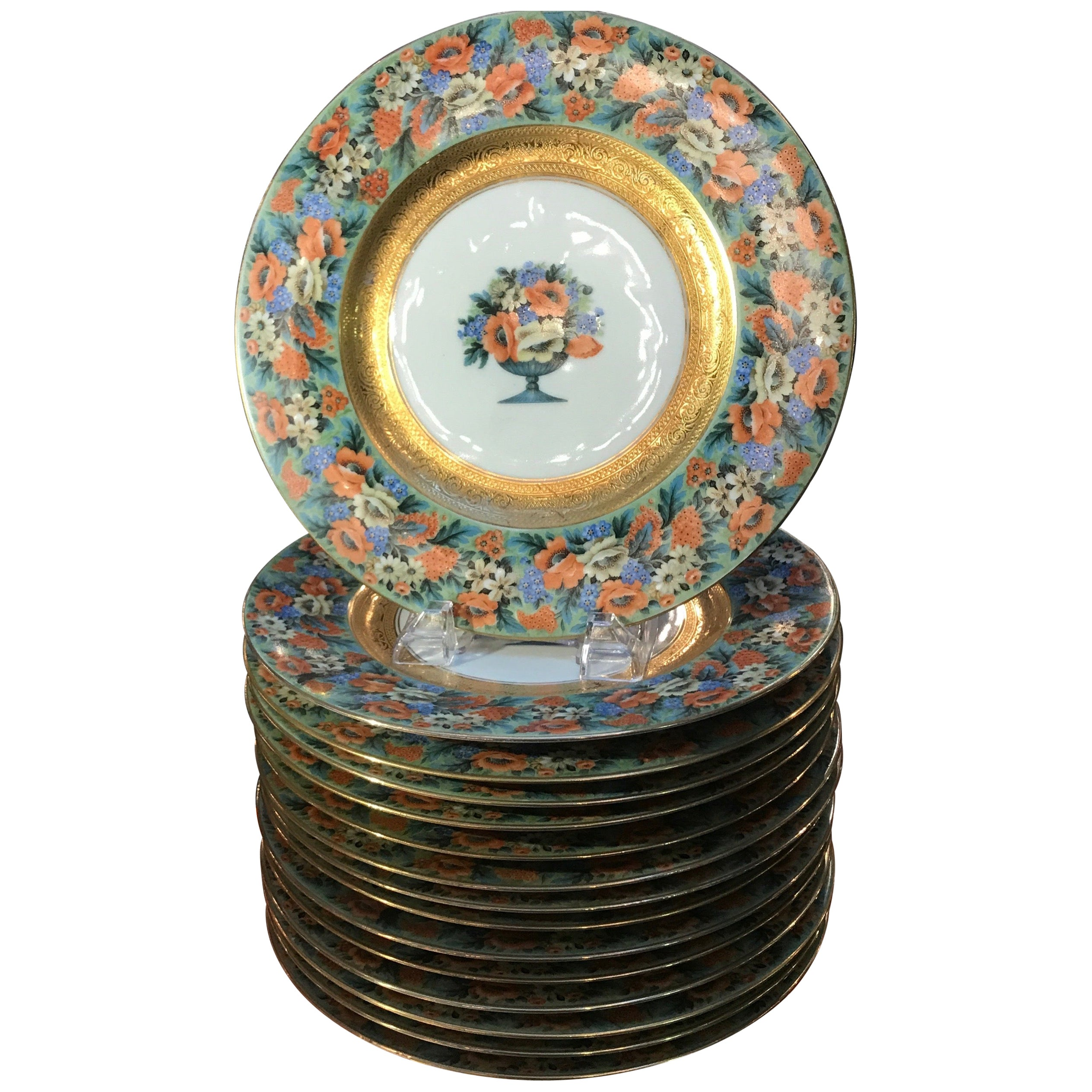 Set of 15 Floral and Gilt Service Dinner Plates