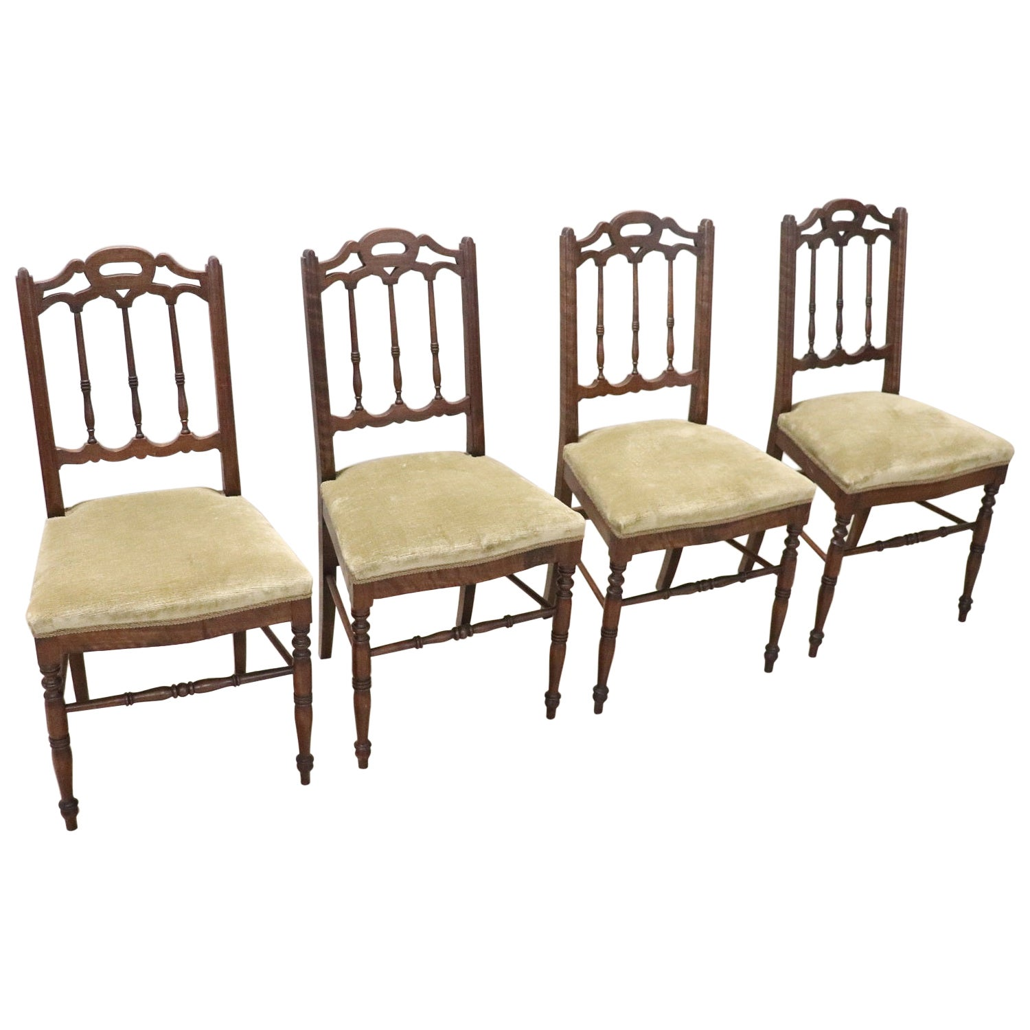 19th Century Italian Antique Turned Walnut Four Chairs