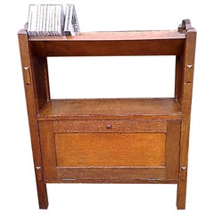 English Arts & Crafts Oak Bookcase with Upper Angled Book Trough