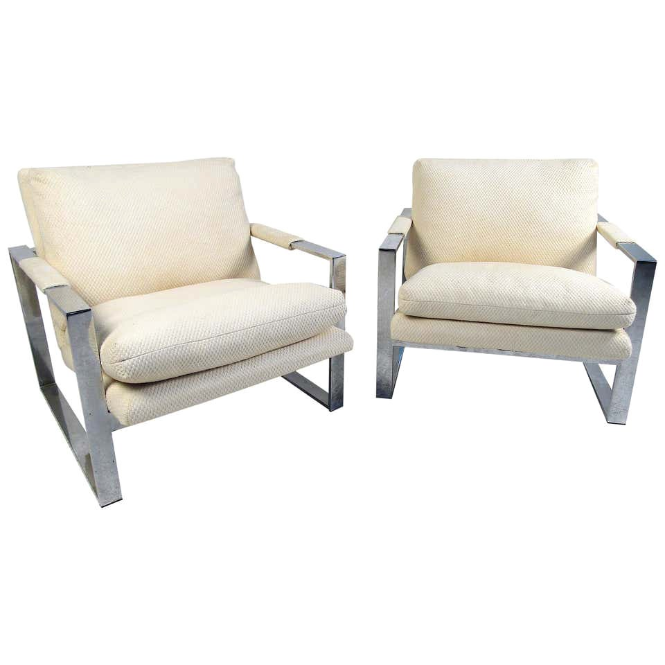 Pair of Midcentury Lounge Chairs by Milo Baughman