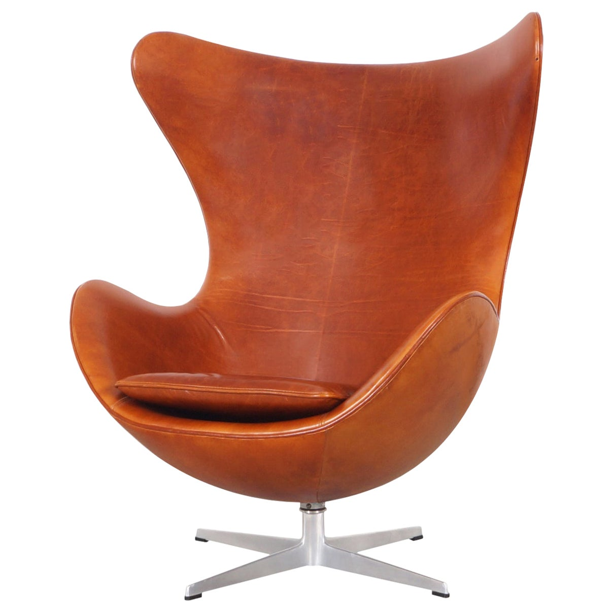 "Arne Jacobsen Leather ""Egg"" Swivel Lounge Chair for Fritz Hansen"