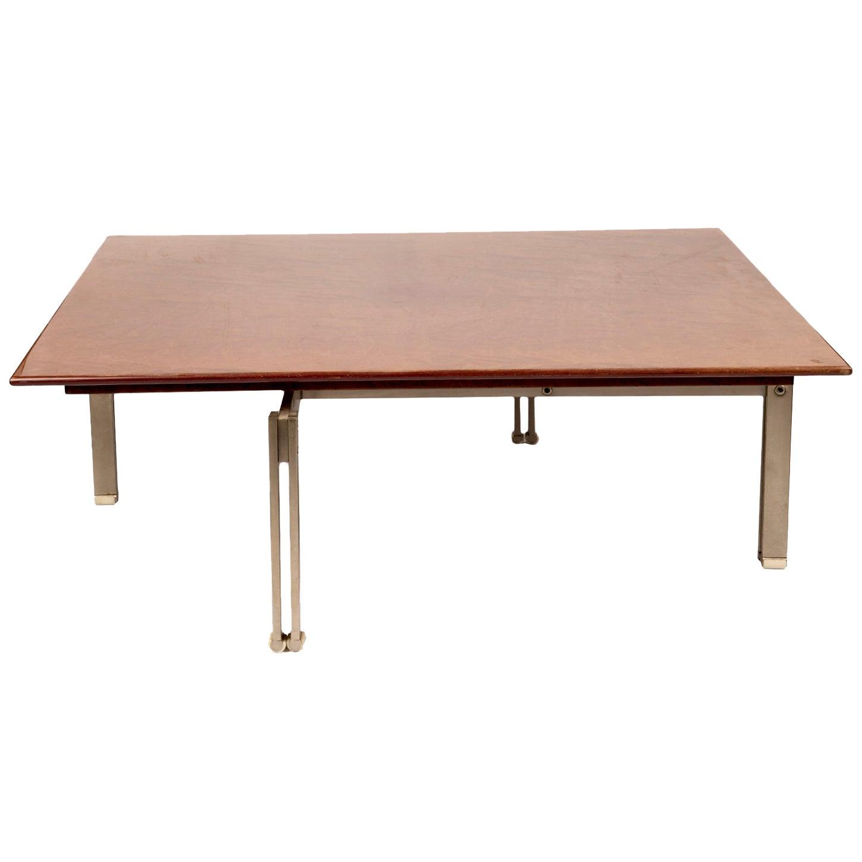 """""""Onda"""" Low Table by Giovanni Ofrredi for Saporiti"""