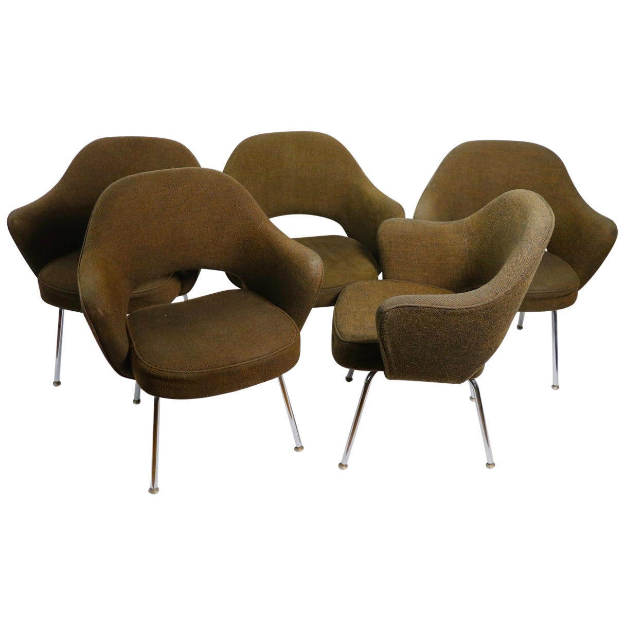 5 Saarinen Executive Chairs for Knoll