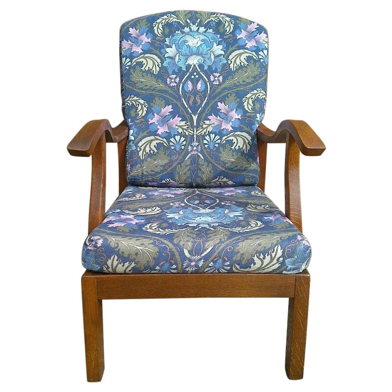Parker Knoll, Mid-Century English Arts & Crafts Style Oak Reclining Armchair