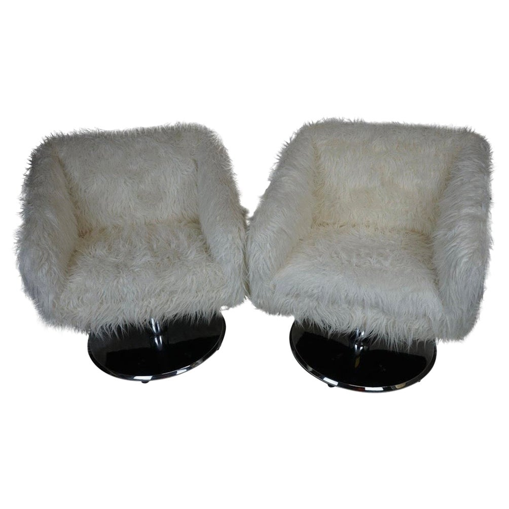 Pair of Midcentury Pair of Swivel Chairs in Mongolian Faux Fur