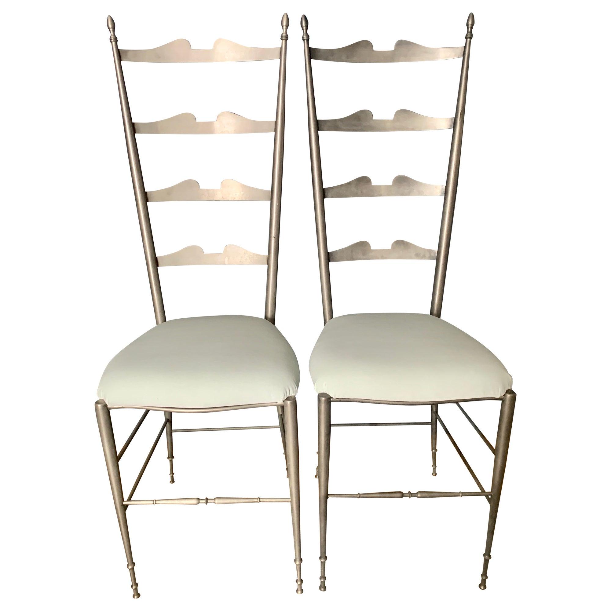 Pair of Italian Ladder Back Chiavari Chairs in Silver Metal