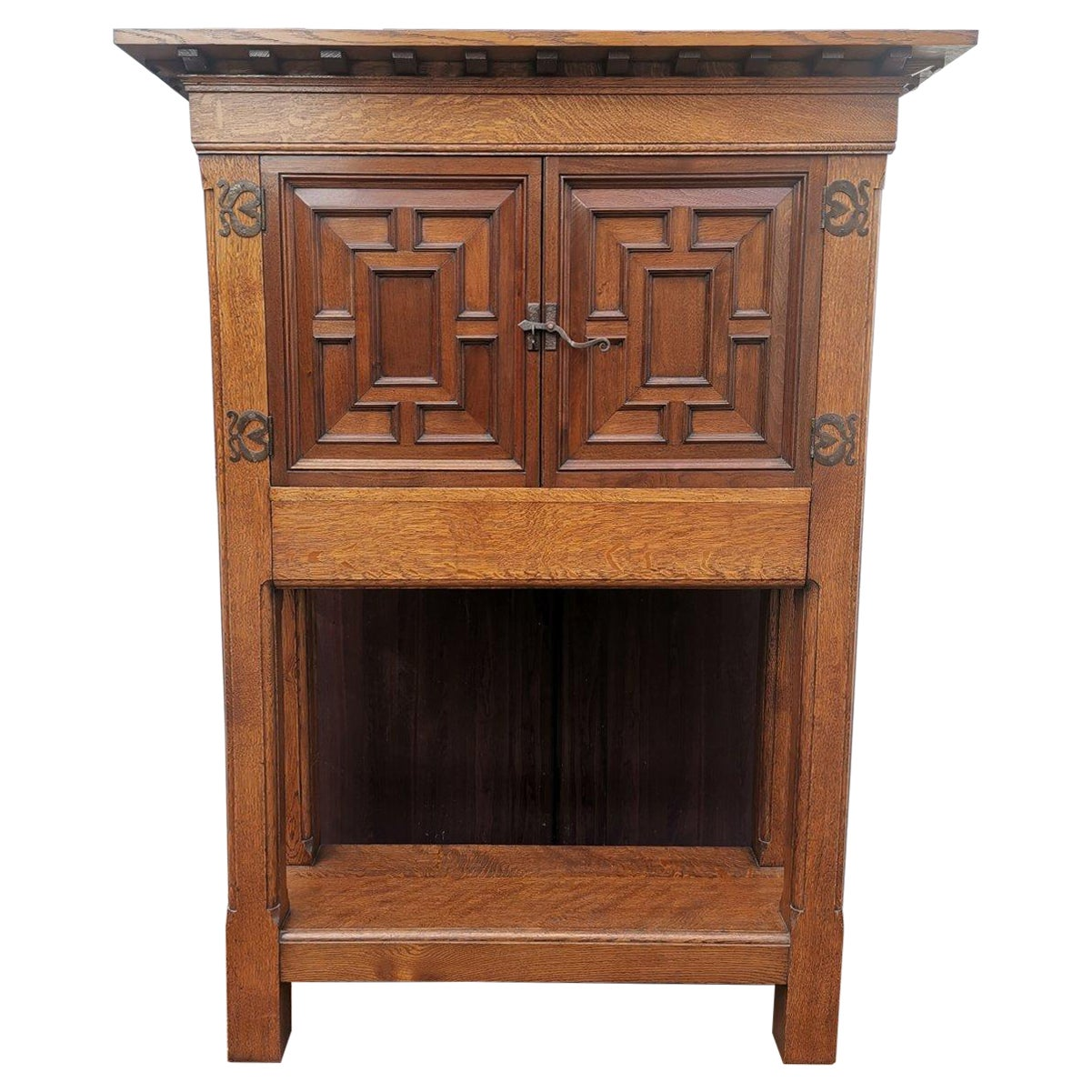 English Arts & Crafts, Craftsman-Made Court Cupboard with Blacksmith Handle